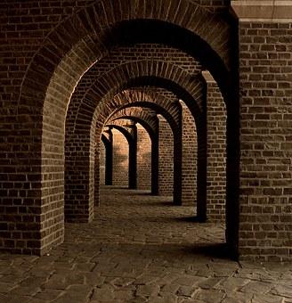 vaulted-cellar-258906__340